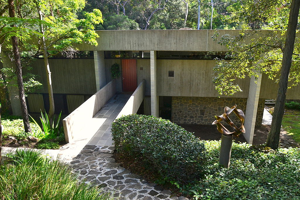 Harry and Penelope Seidler House, 1967.